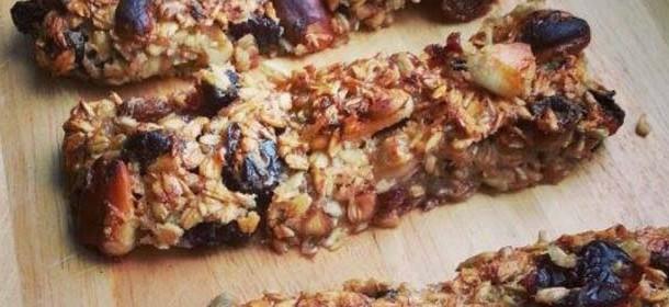 Dietní musli tyčinky s medem a oříšky